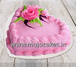 0025799_strawberry_heart_shape_cake_385